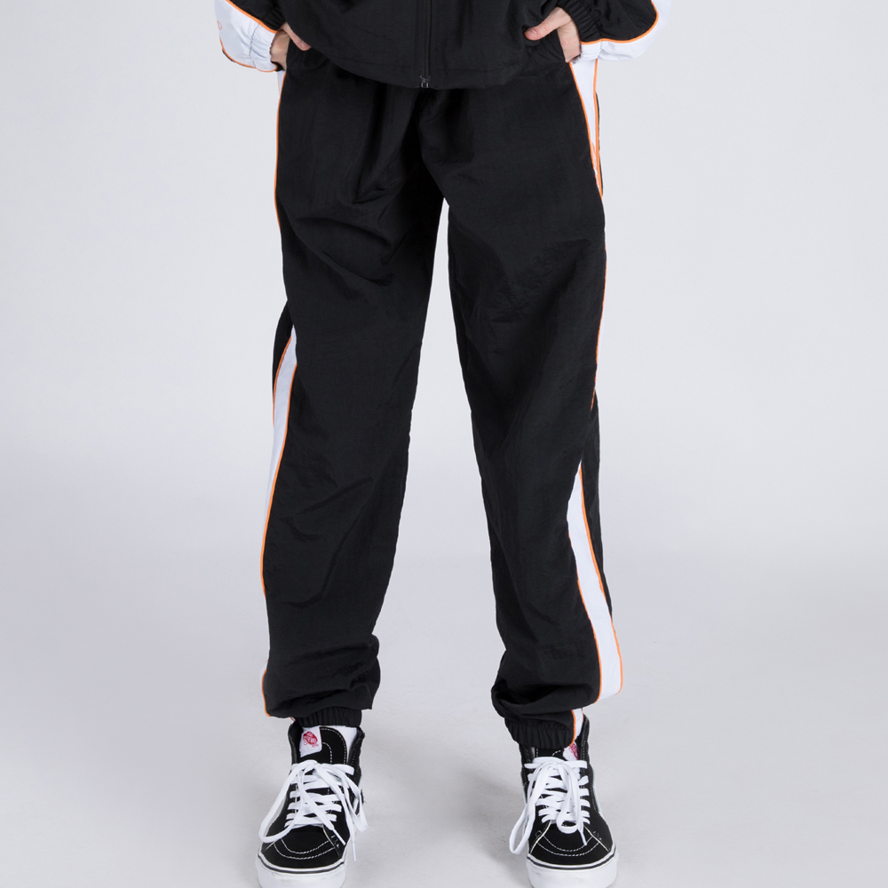 WIND-BREAK TRACK PANTS (SAF3TR02) (BLACK)