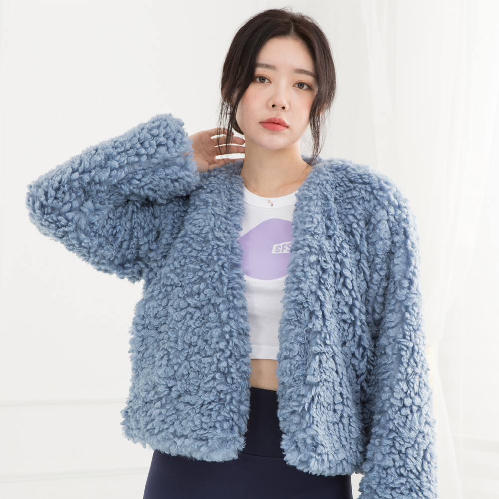 HOFF FAKE FUR SHORT JACKET (SAW2JK02) (BLUE)